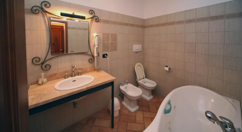 Bathroom Villetta Caprili