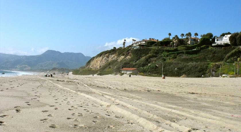strand Malibu Country Inn