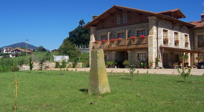 More about Agroturismo Txarbadi