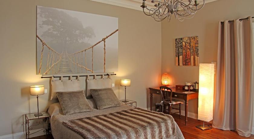 l 39 embellie chambres d 39 h tes albi ofertas de ltimo minuto en l 39 embellie chambres d 39 h tes albi. Black Bedroom Furniture Sets. Home Design Ideas