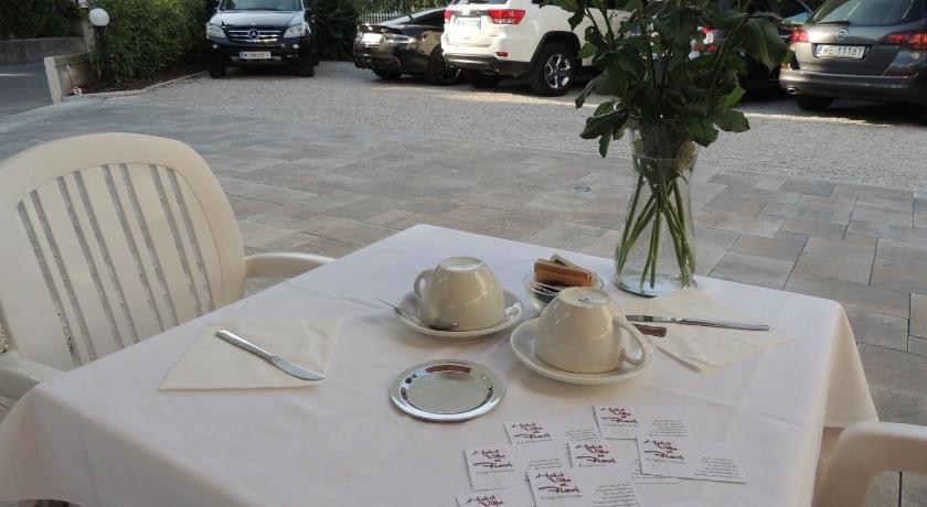 Hotel Ai Fiori.Hotel Ai Fiori Grado Italy