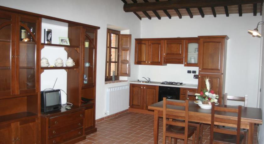 Two-Bedroom Apartment La Pietraia