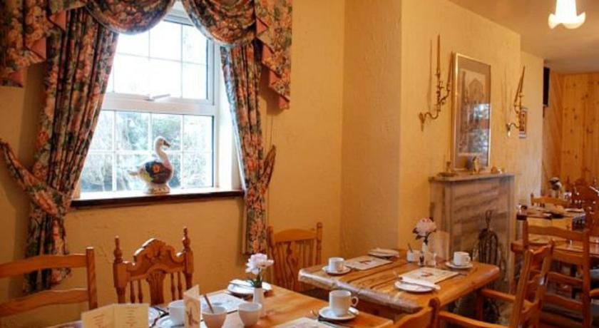 Hawthorn House B&B