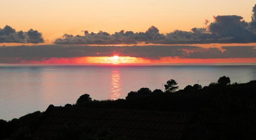 See all 50 photos Banda Do Sol Self Catering Cottages