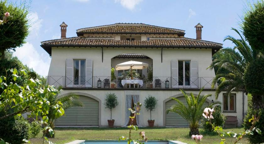 More about Villa Romana