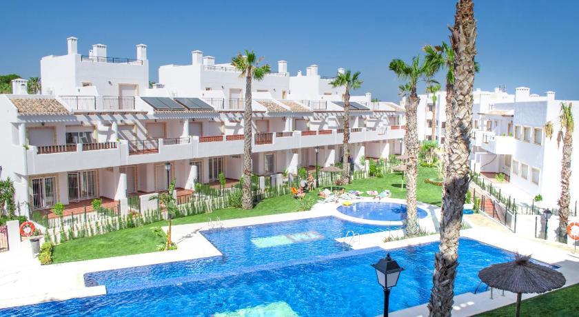 Playas de orihuela hotel montepiedra in spain europe for Sol residencial