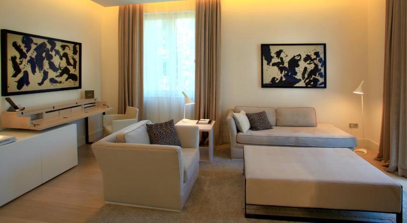 hoteles con jacuzzi en Barcelona  Imagen 19