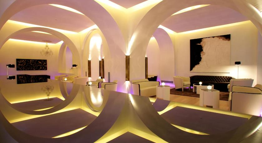 hoteles con jacuzzi en Barcelona  Imagen 44