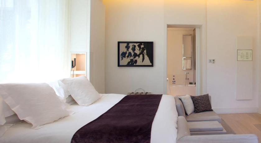 hoteles con jacuzzi en Barcelona  Imagen 24