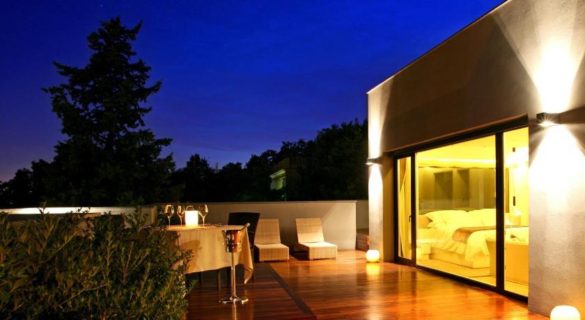hoteles con jacuzzi en Barcelona  Imagen 11