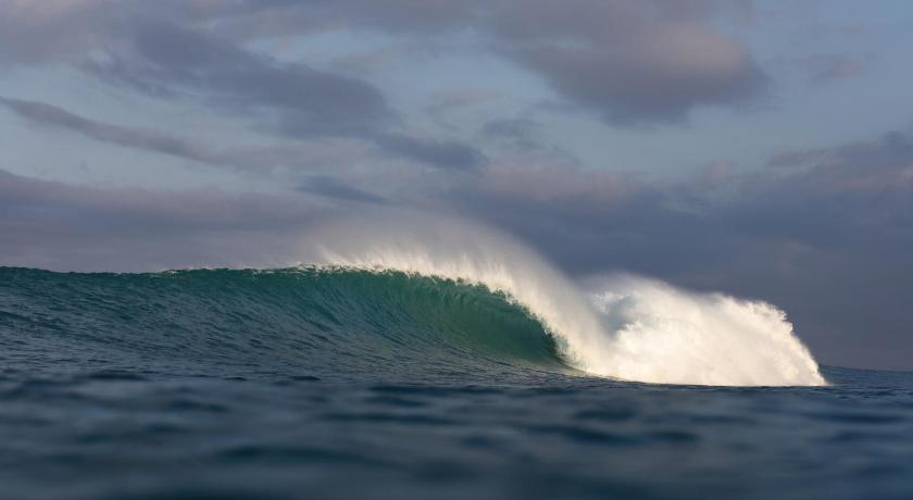 Namolilo surf hotel - Mbueaian   Bedandbreakfast.eu