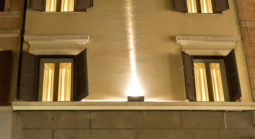 Intown Luxury House Via Bocca Di Leone 7 Rome