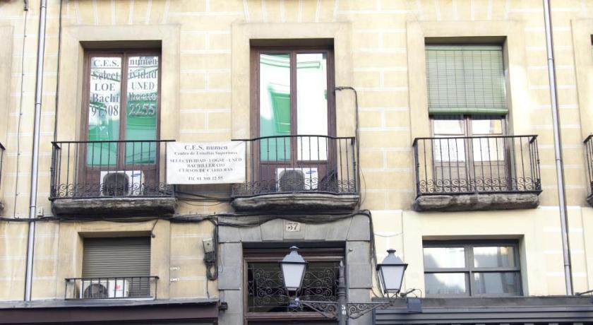 Hostal Abami II San Bernardo, 35 - 2º Madrid