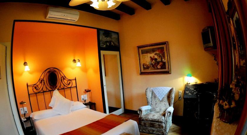 hoteles con encanto en sant juliá de vilatorta  33