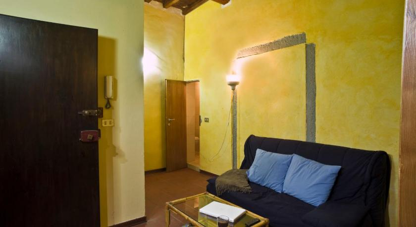 One-Bedroom Apartment (2 Adults) - Separate living room Appartamenti Ruggini