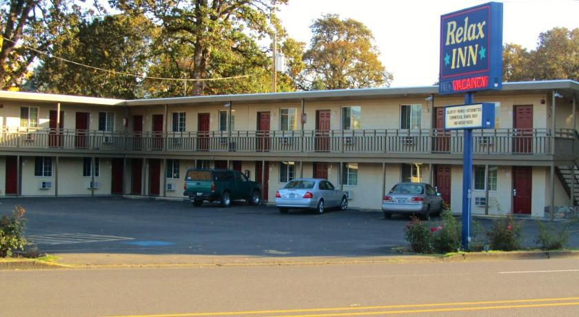 best price on relax inn cottage grove in cottage grove or reviews rh agoda com  motels near cottage grove wi