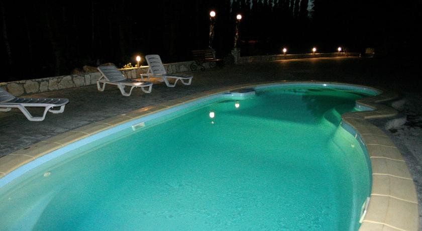 Swimming pool Hotel Polet