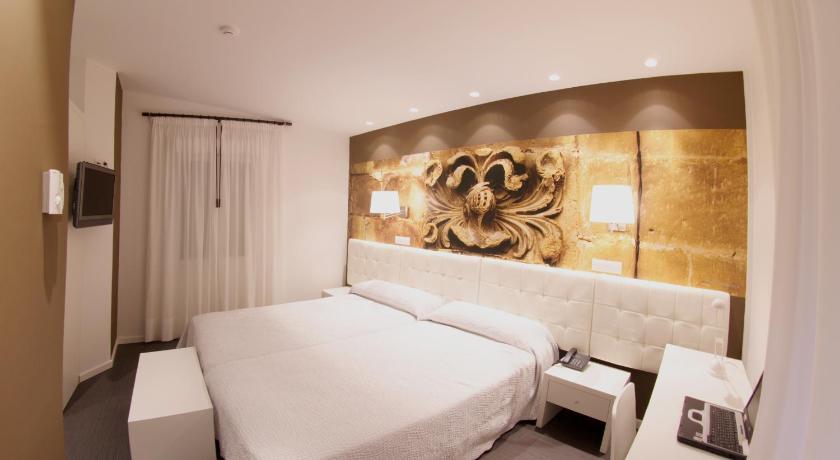 Hotel Villa Sonsierra 16