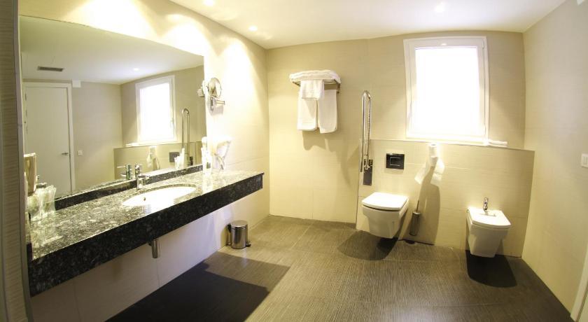 Hotel Villa Sonsierra 17