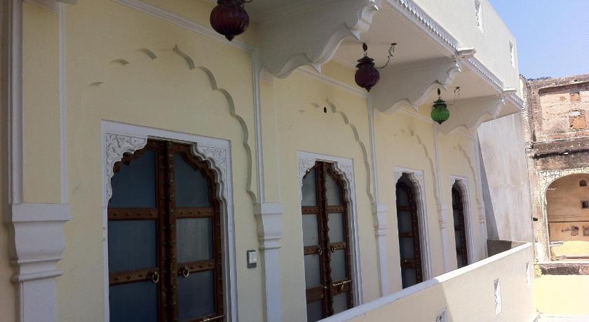 Saba Haveli 477, Gangapole Jaipur Jaipur