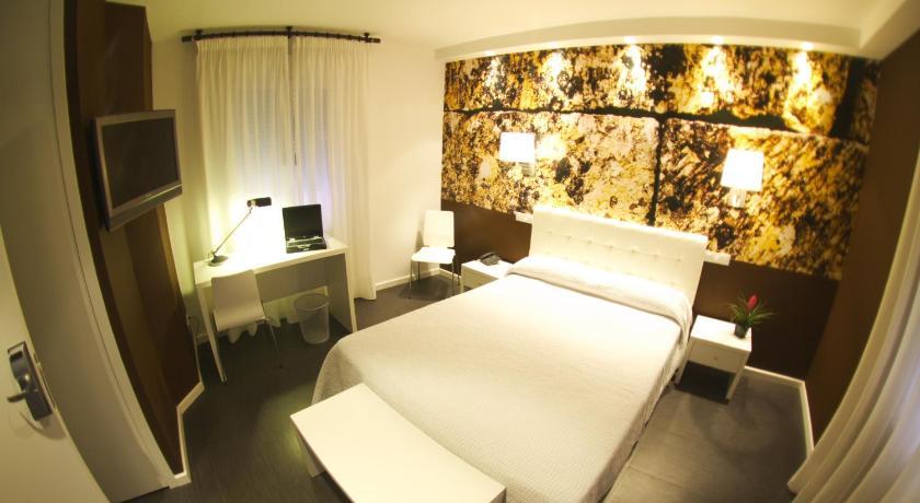 Hotel Villa Sonsierra 12