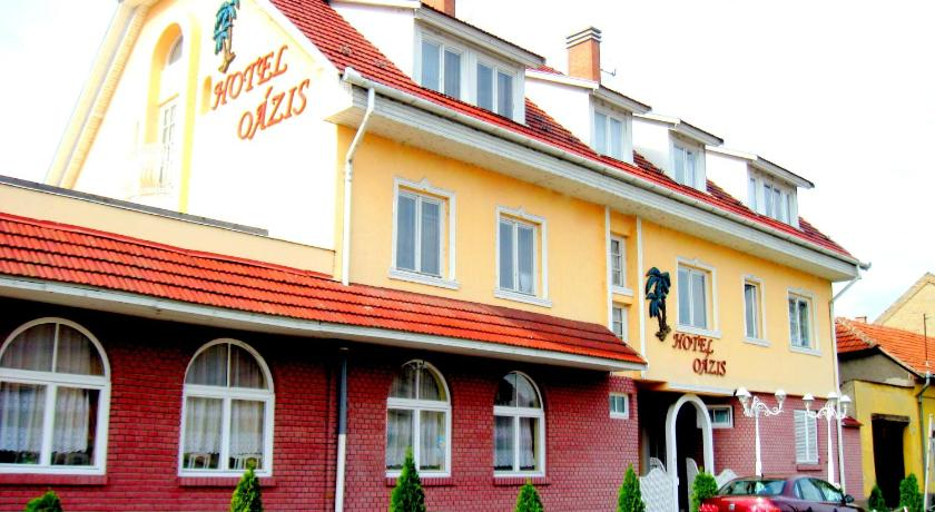More about Oázis Hotel Étterem