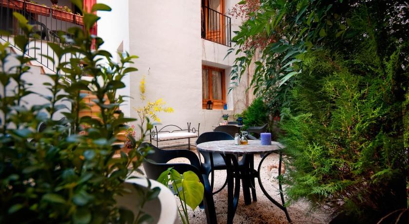 Hotel Almunia 46