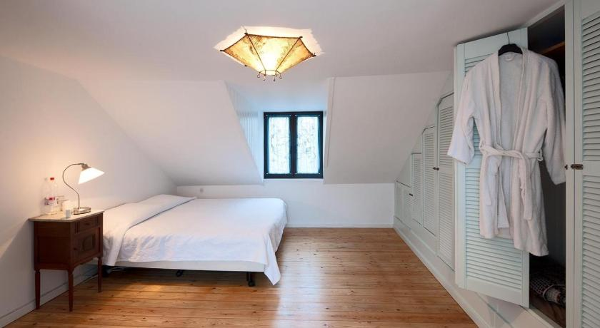 Two-Bedroom House - Guestroom Holiday Home Sablon Justice Brussels