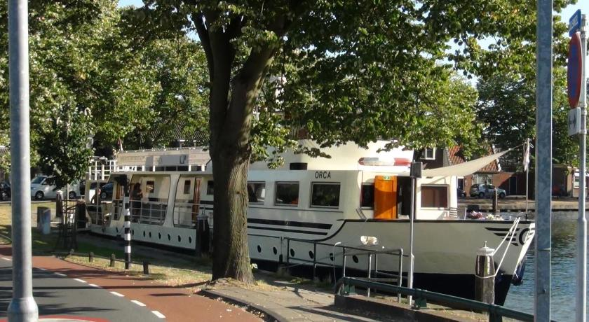 More about Hotelboot Orca Leiden
