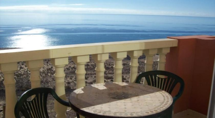 Apartmá se dvěma ložnicemi s výhledem na moře (Two-Bedroom Apartment with Sea View)