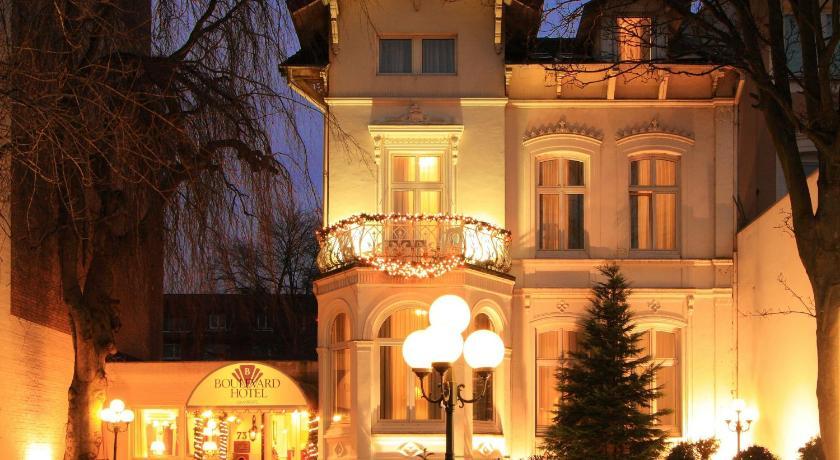 Boulevard Hotel Hamburg Hofweg 73 Hambourg