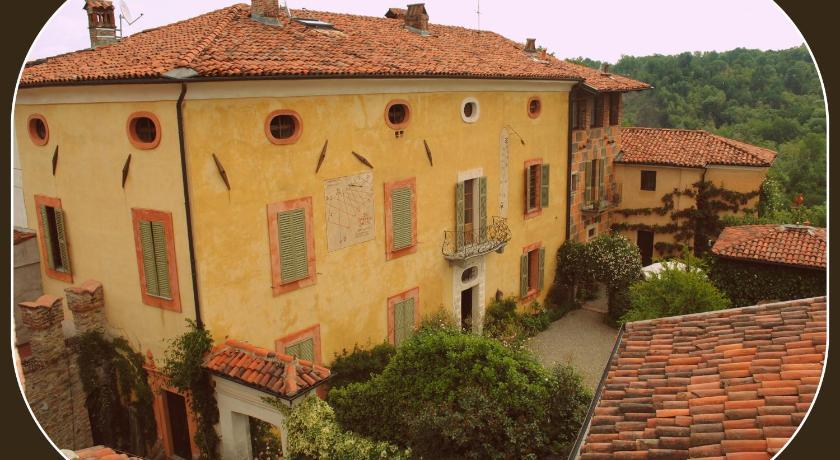 Castello Di Strambinello Via Castello 1 Colleretto Giacosa