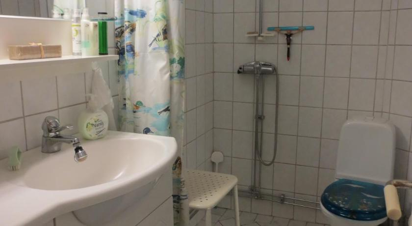 Single Room with Shared Bathroom - Bathroom Sparrens Bed and Breakfast