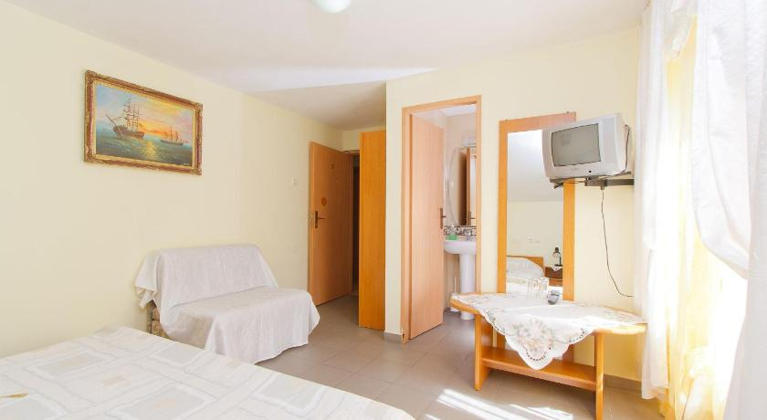 Double or Twin Room - Guestroom Motel Evrica