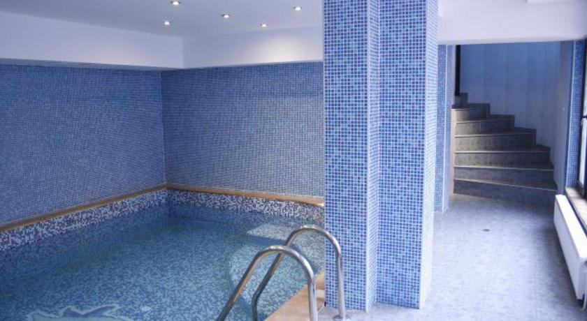 Swimming pool Hotel Ilinden