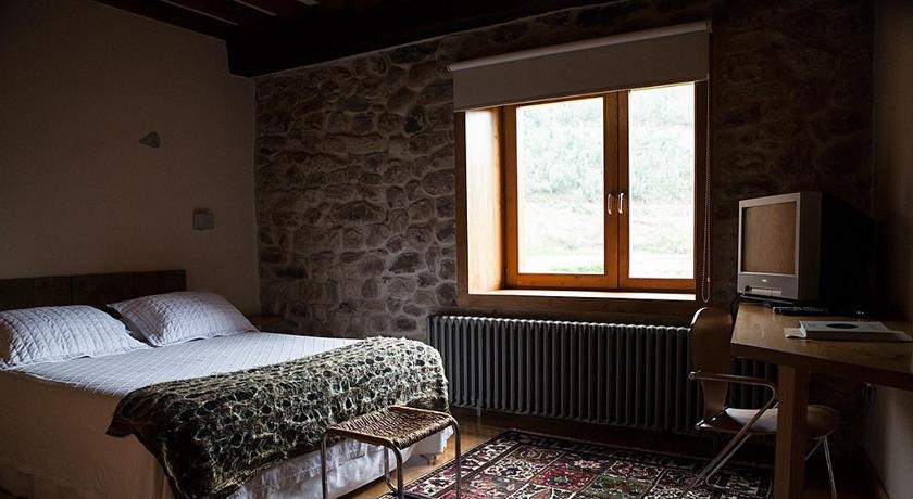 hoteles con encanto en somahoz  20