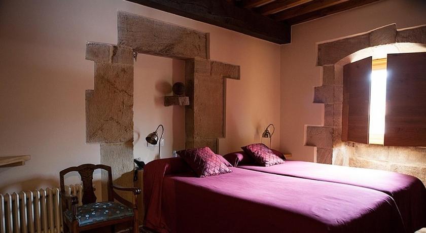 hoteles con encanto en somahoz  3