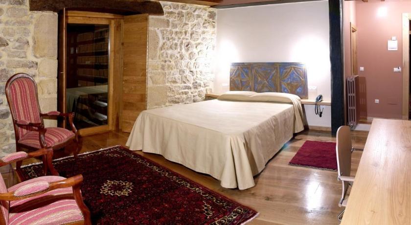 hoteles con encanto en somahoz  33