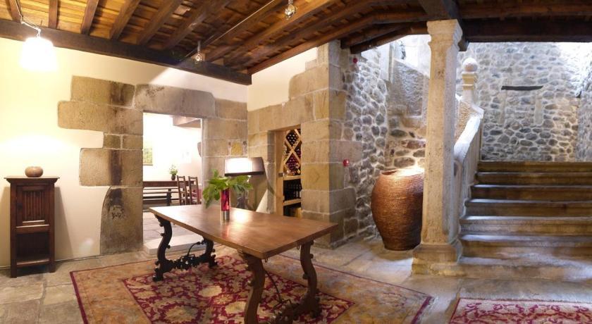 hoteles con encanto en somahoz  45