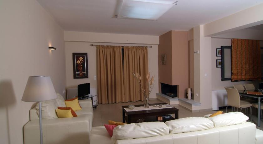 Three-Bedroom Villa - Separate living room Savvanas Villas
