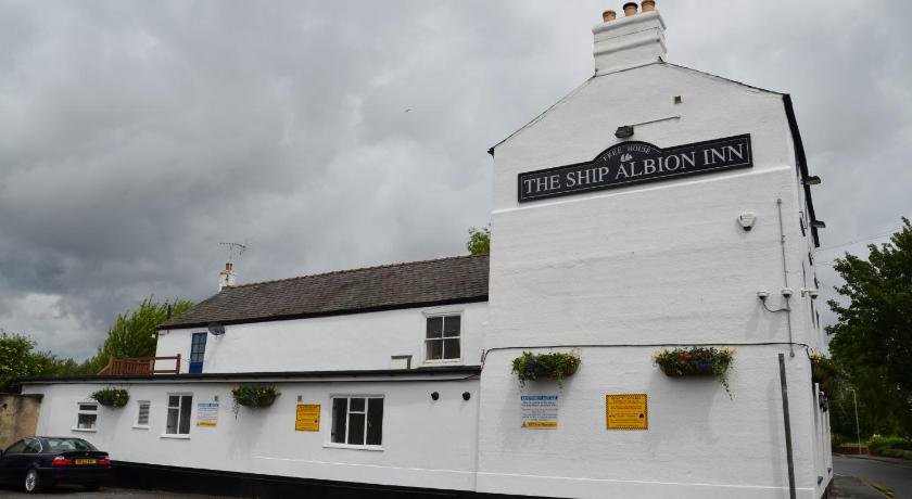Exterior view The Ship Albion