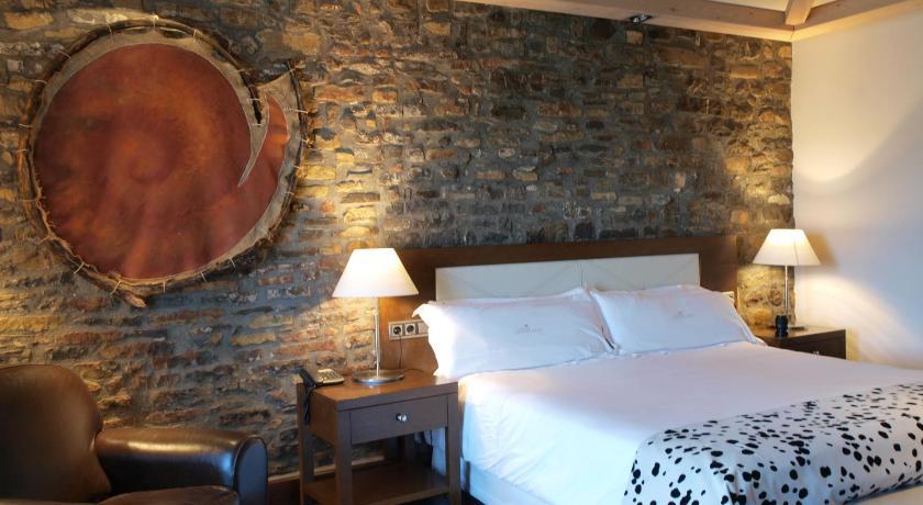 hoteles con encanto en aínsa  19