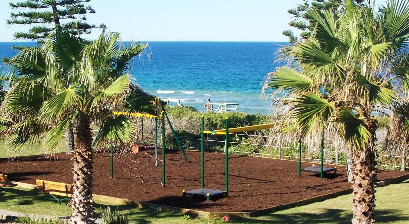 More about Diamond Beach Holiday Park