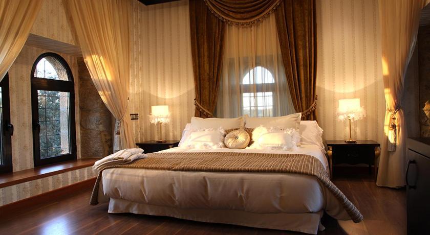 hoteles con encanto en traguntia  21