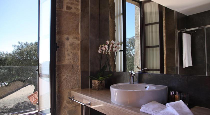 hoteles con encanto en traguntia  28