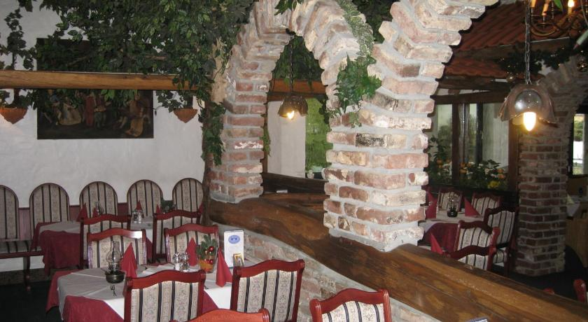 Hotel Restaurant \