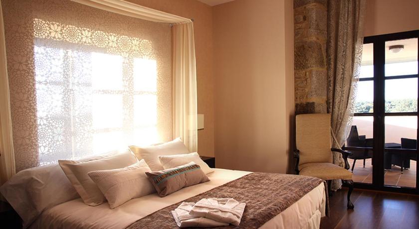 hoteles con encanto en traguntia  2