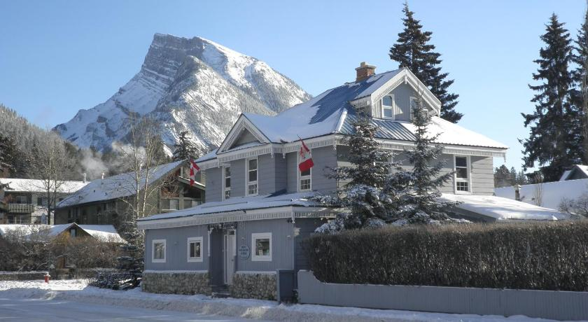 More about Blue Mountain Lodge Bed & Breakfast