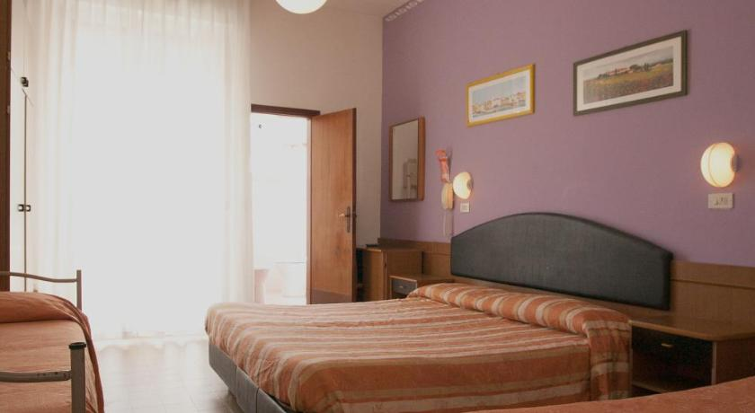 Double or Twin Room - Guestroom Hotel Meritime