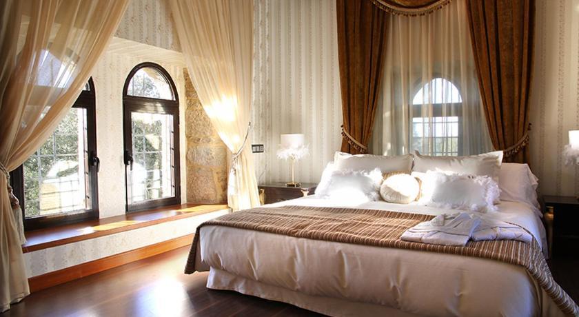 hoteles con encanto en traguntia  27